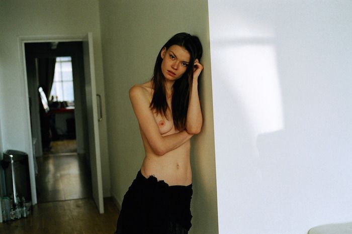 Alexandra-Vittek-Topless-4