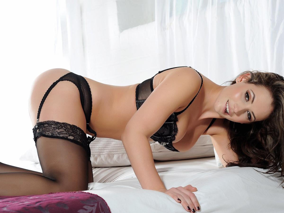 Anastasia-Harris-Topless-in-Lingerie-Photoshoot-08