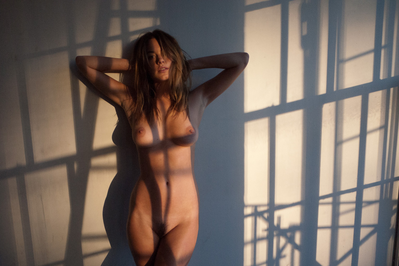 Camille Rowe – Nude Outtakes from a Terry Richardson PS (4)