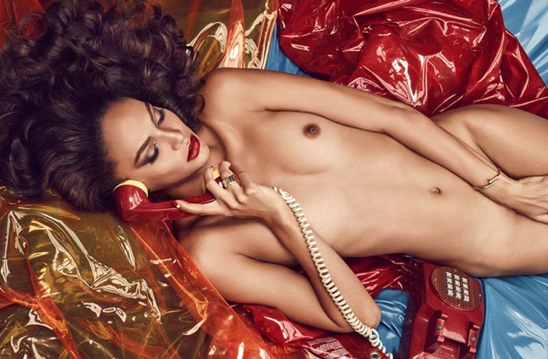 Joan-Smalls-Topless-6