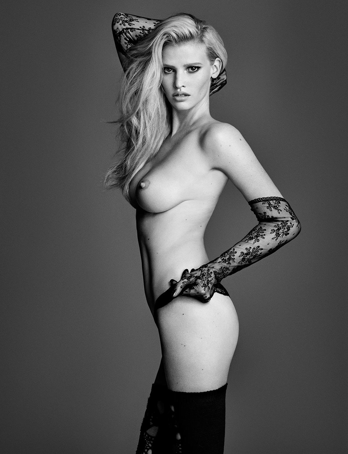 Lara Stone topless photos (10)