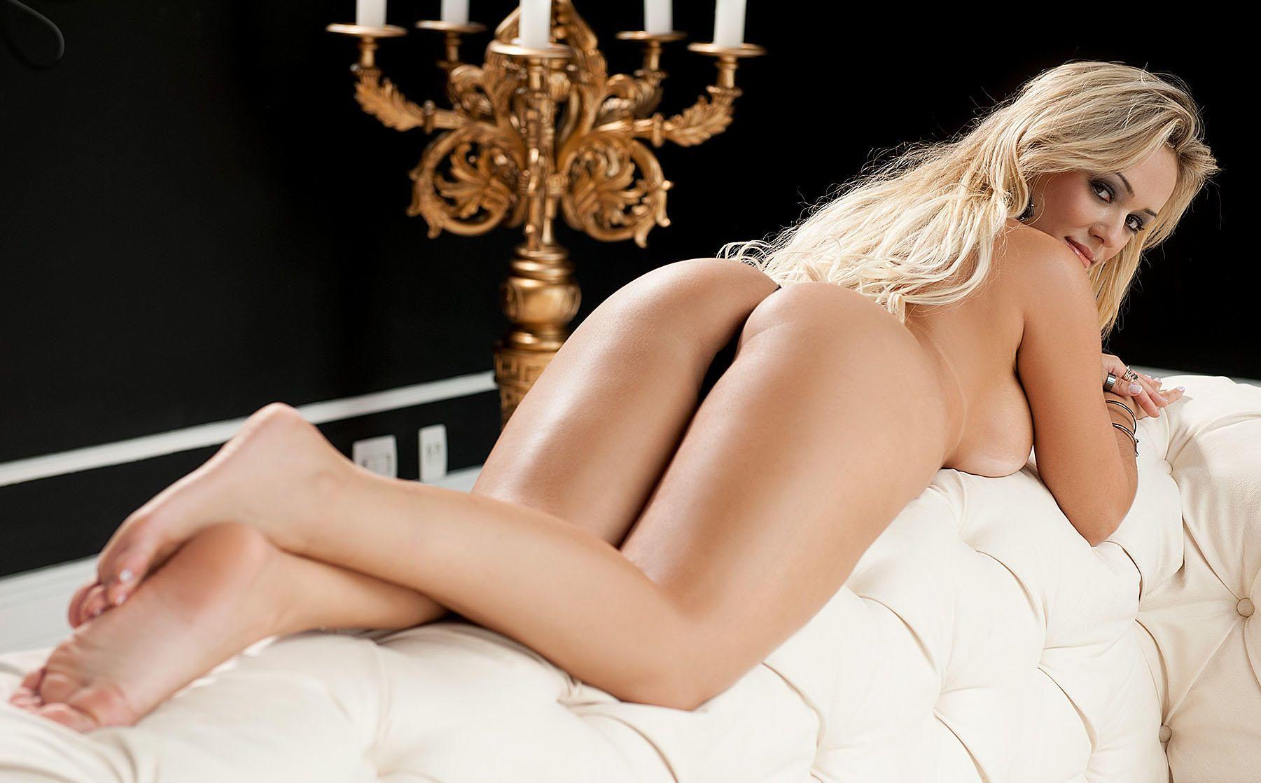 Liziane-Soares-Nude-7