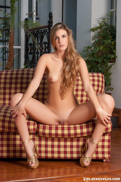 camilla nude La
