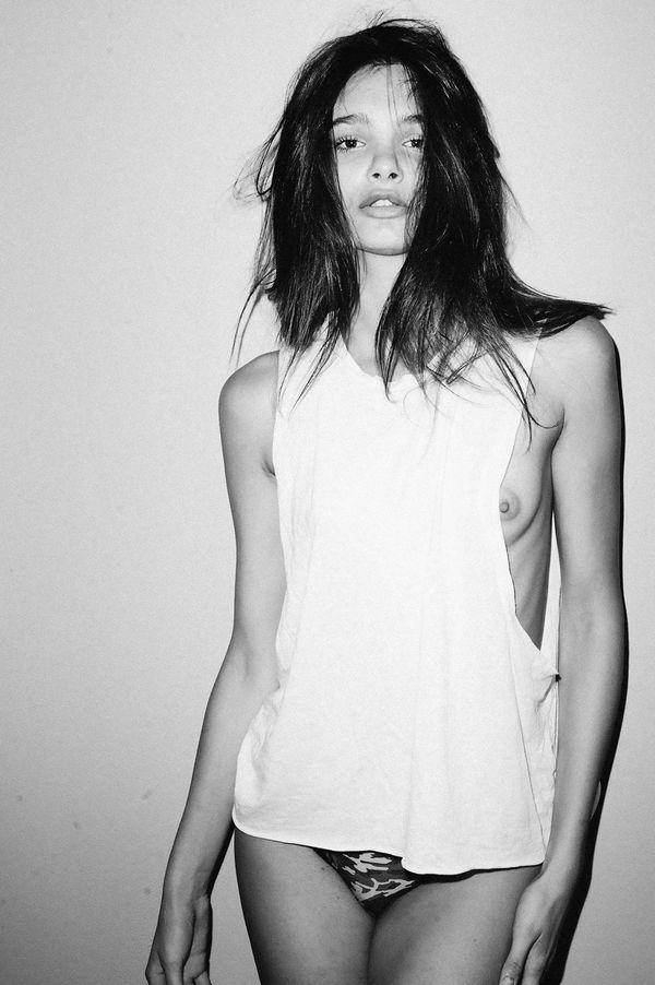 Claudia-Guarnieri-Topless-24