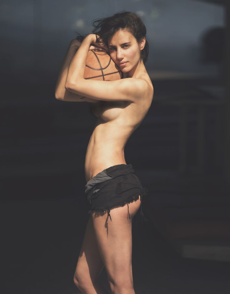Elisa-Meliani-Nude-10