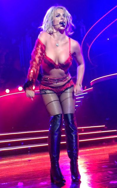 Britney-Spears-Sexy-4