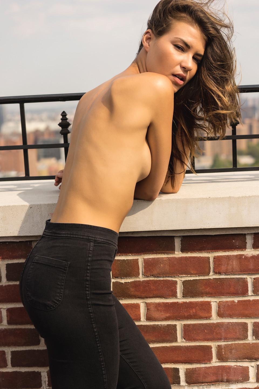 nudes (31 photo), Sideboobs Celebrites pic