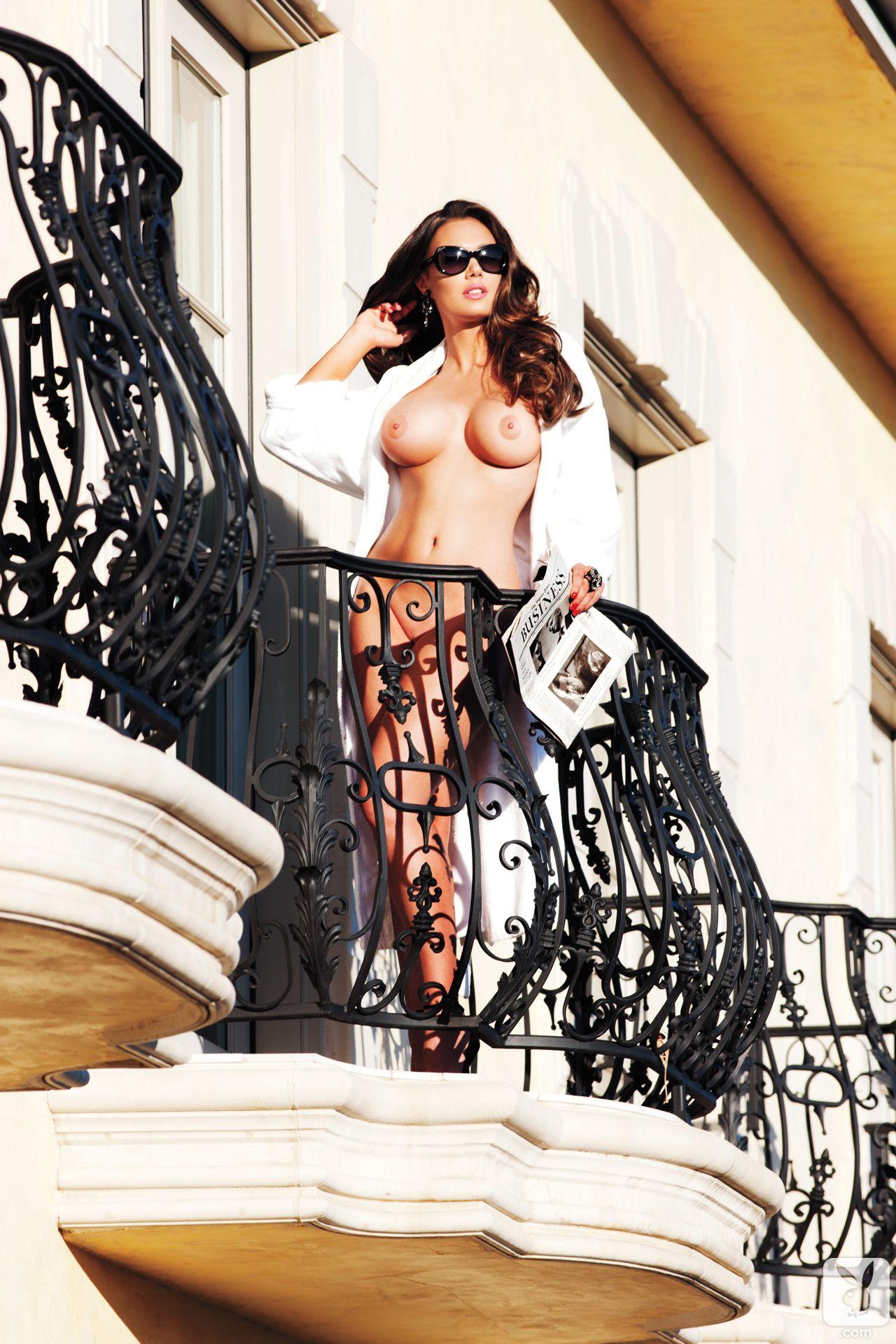 Tamara-Ecclestone-Topless-1
