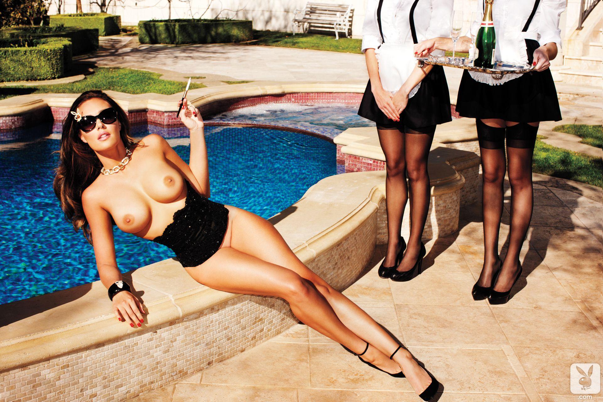 Tamara-Ecclestone-Topless-4