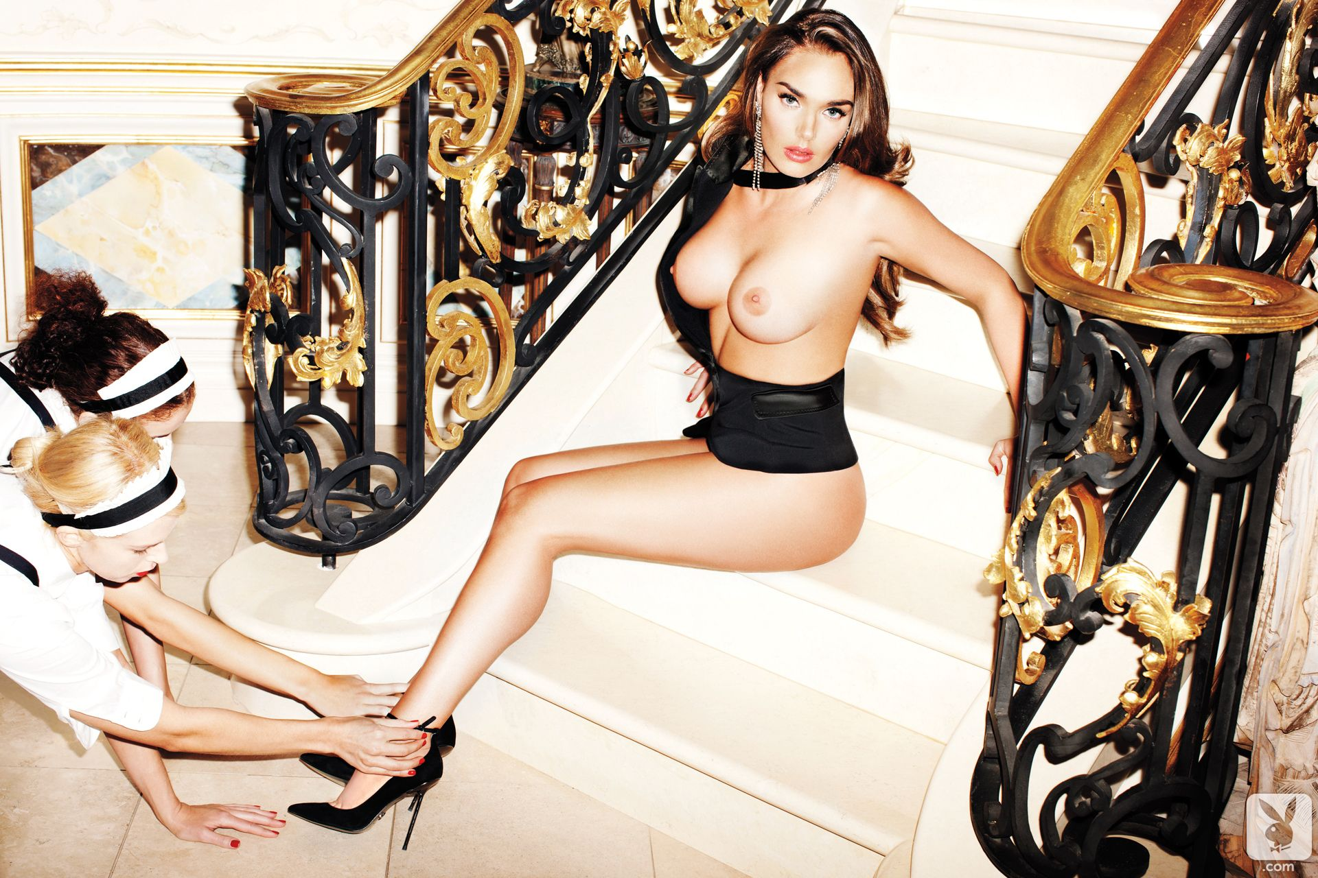 Tamara-Ecclestone-Topless-6