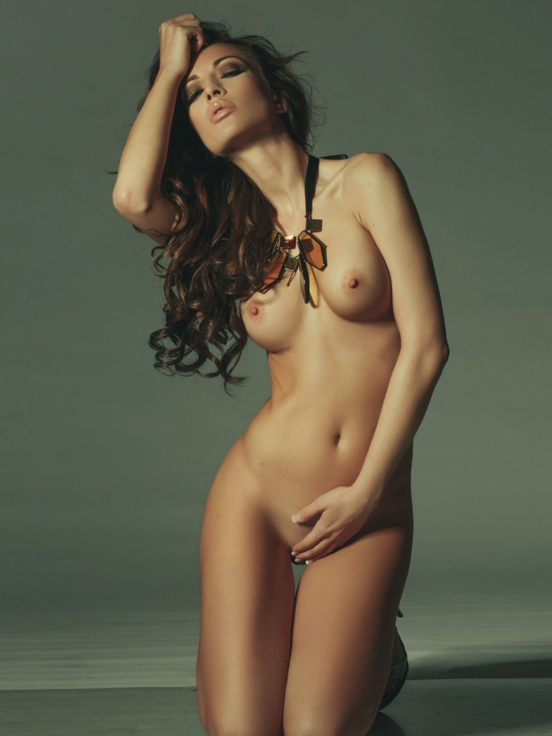 fair skinned naked girl