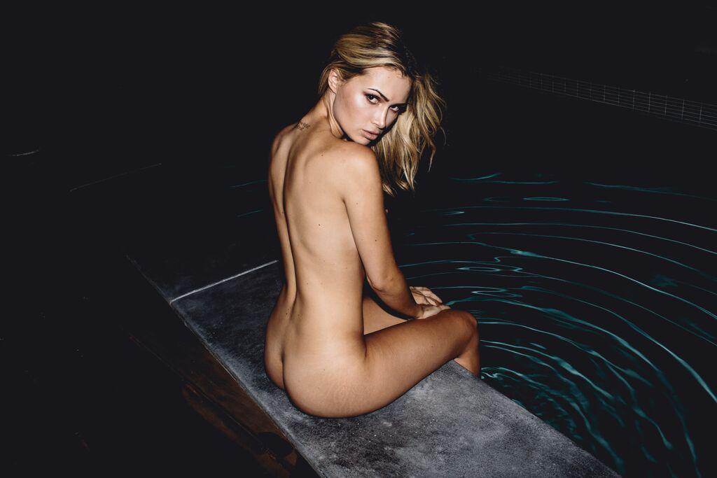 ela rose topless