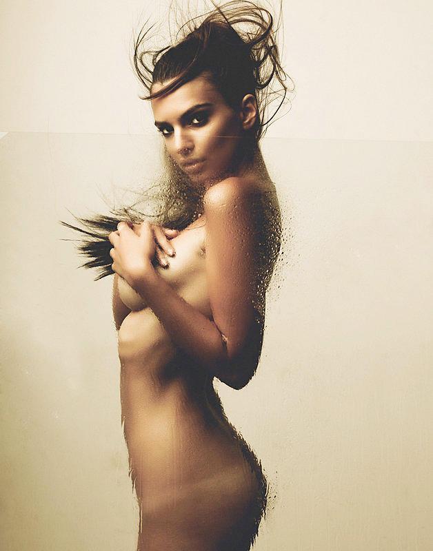 Emily Ratajkowski nude photoshoot  (2)