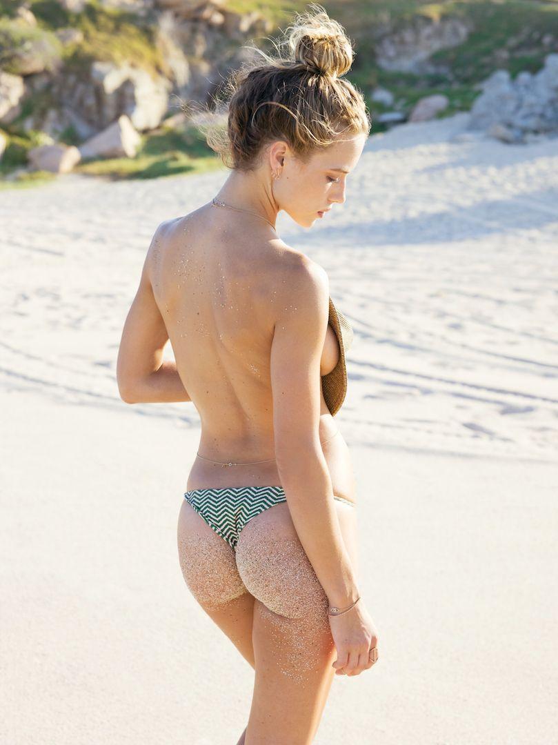 Hannah-Ferguson-Sexy-31