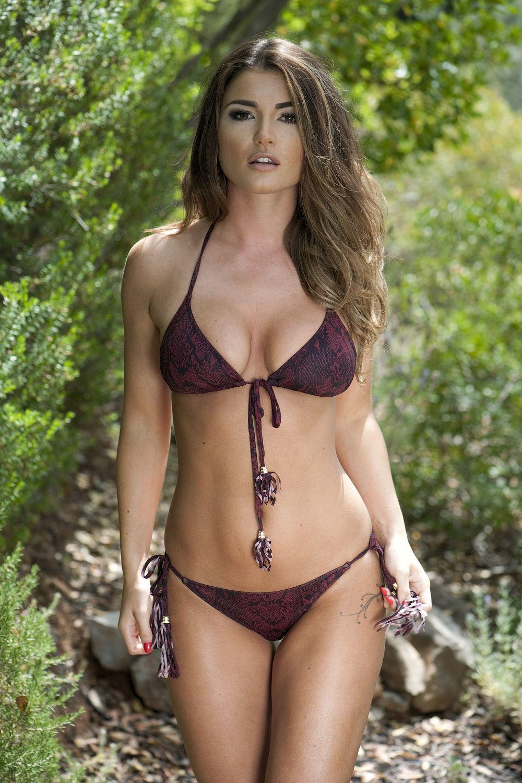 India-Reynolds-in-a-Bikini-Topless-4