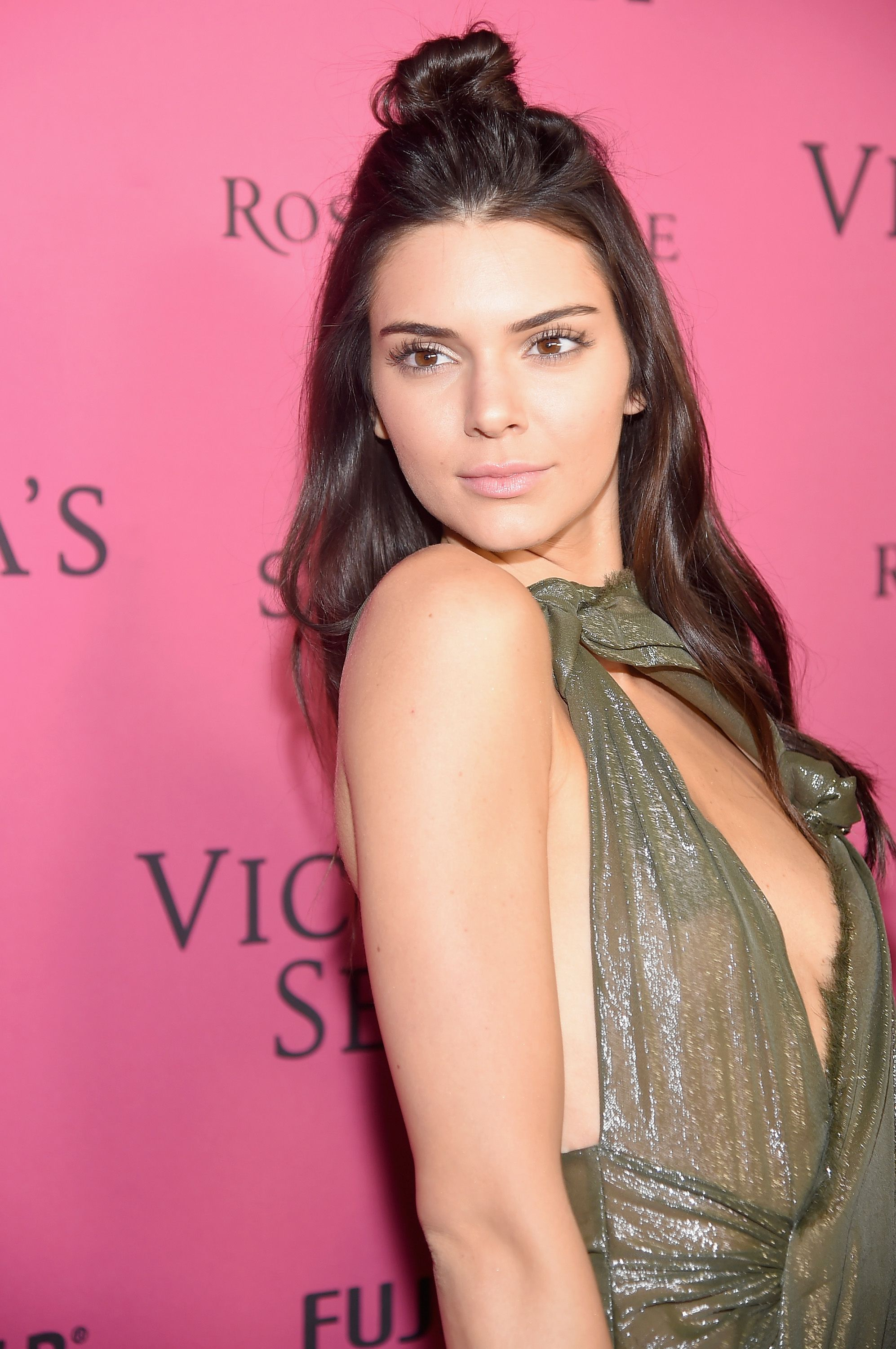 Kendall-Jenner-See-Through-16 (1)