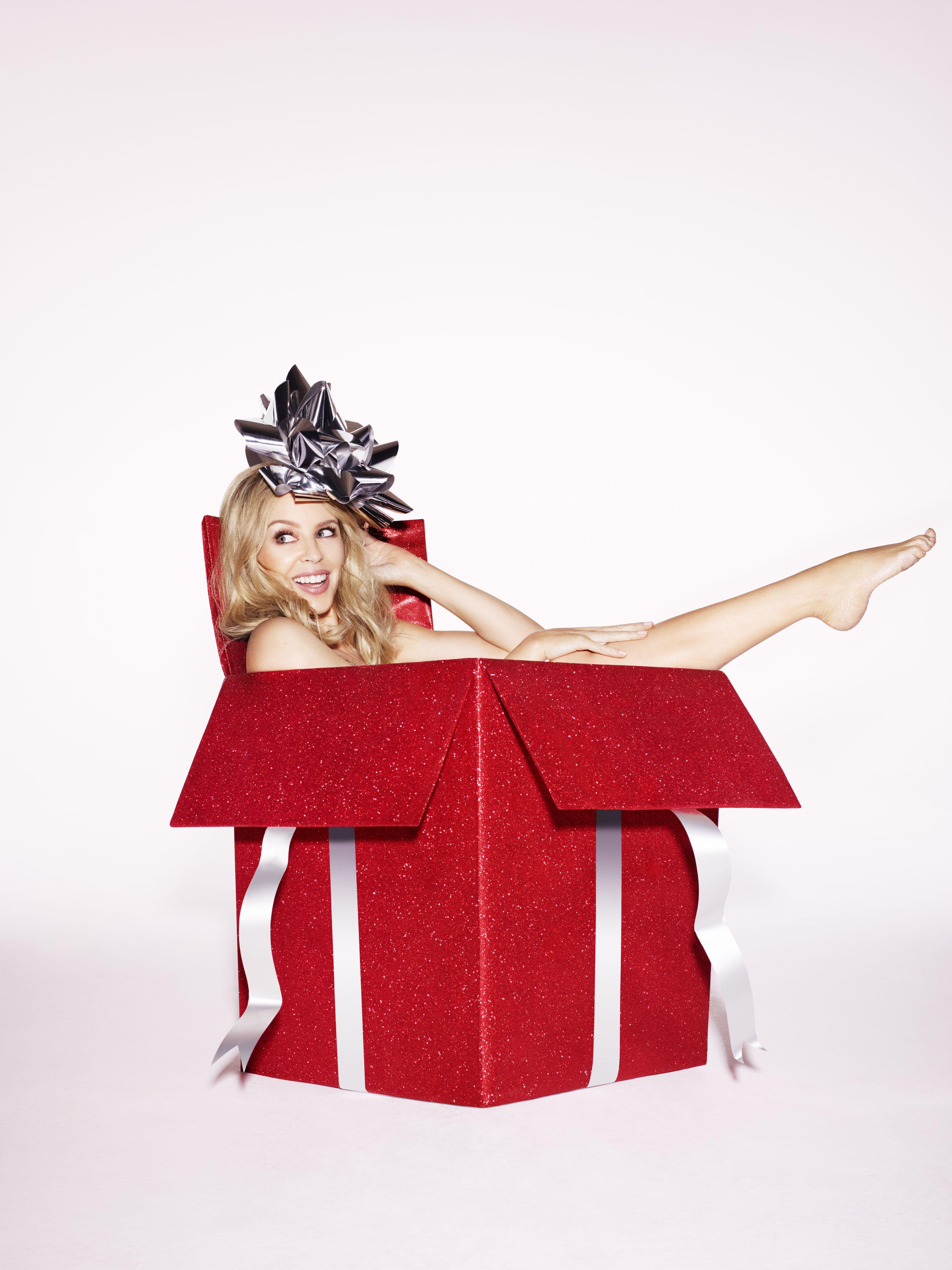 Kylie-Minogue-Sexy-1