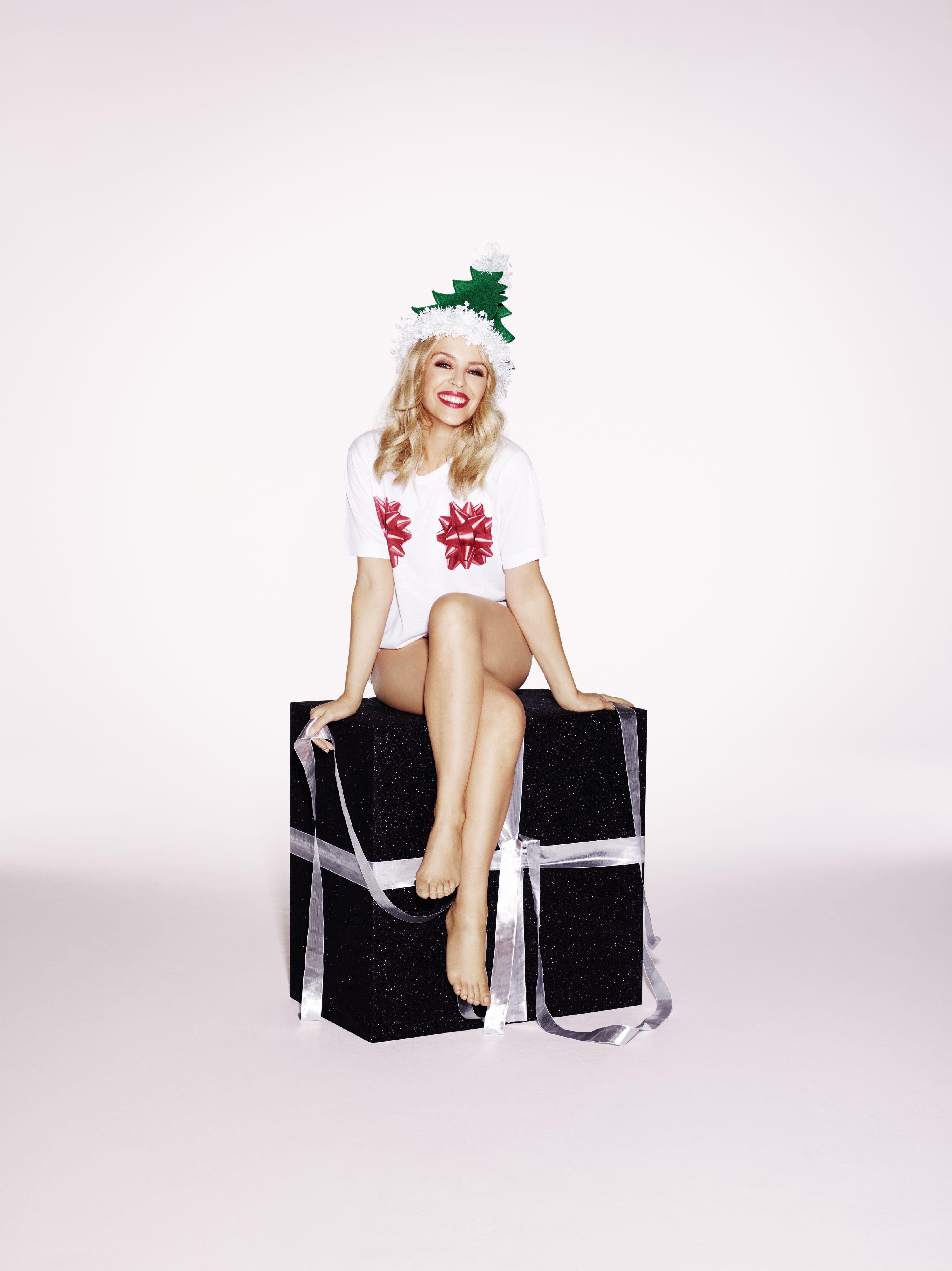Kylie-Minogue-Sexy-3