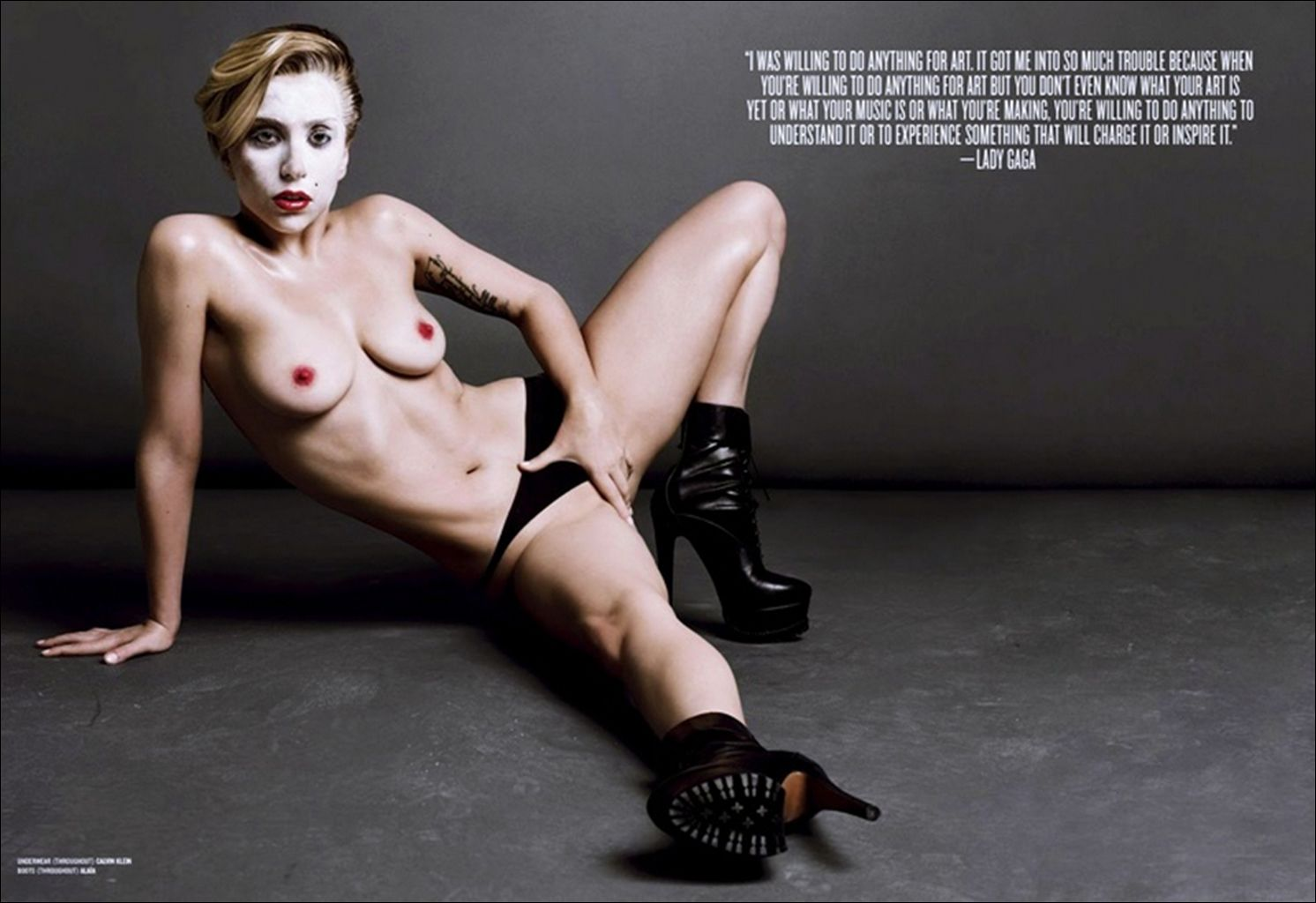 Lady-Gaga-Topless-7