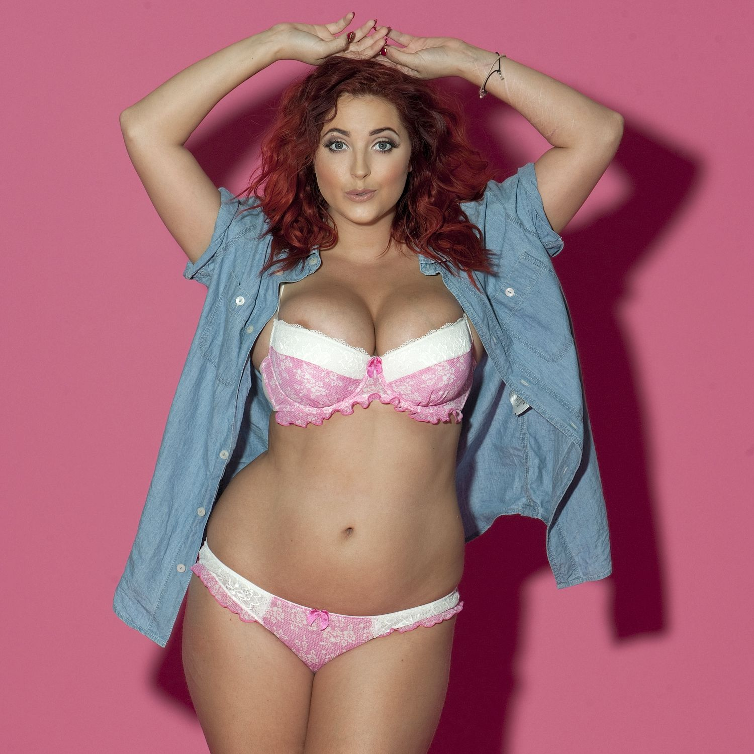 Lucy-Collett-Sexy-Topless-31