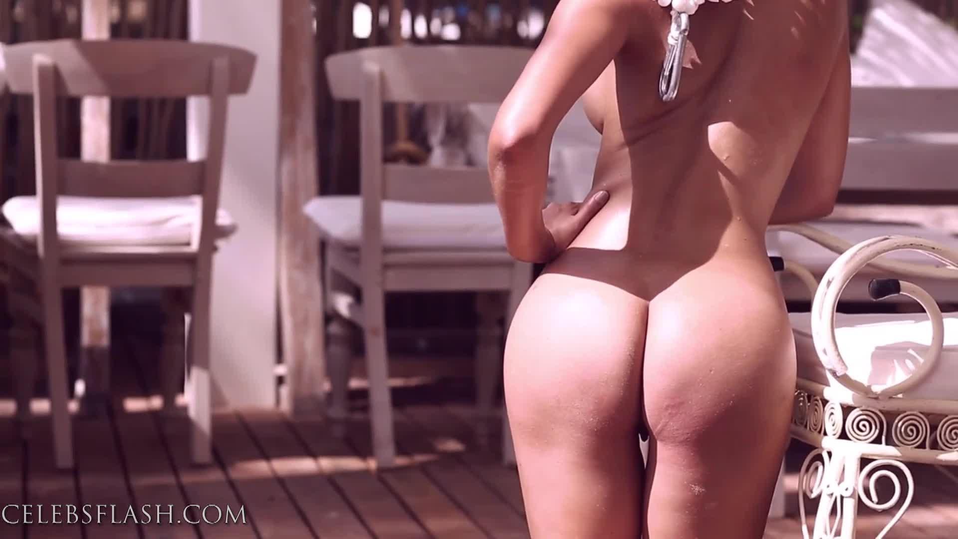 Micaela Schaefer nude photos (9)