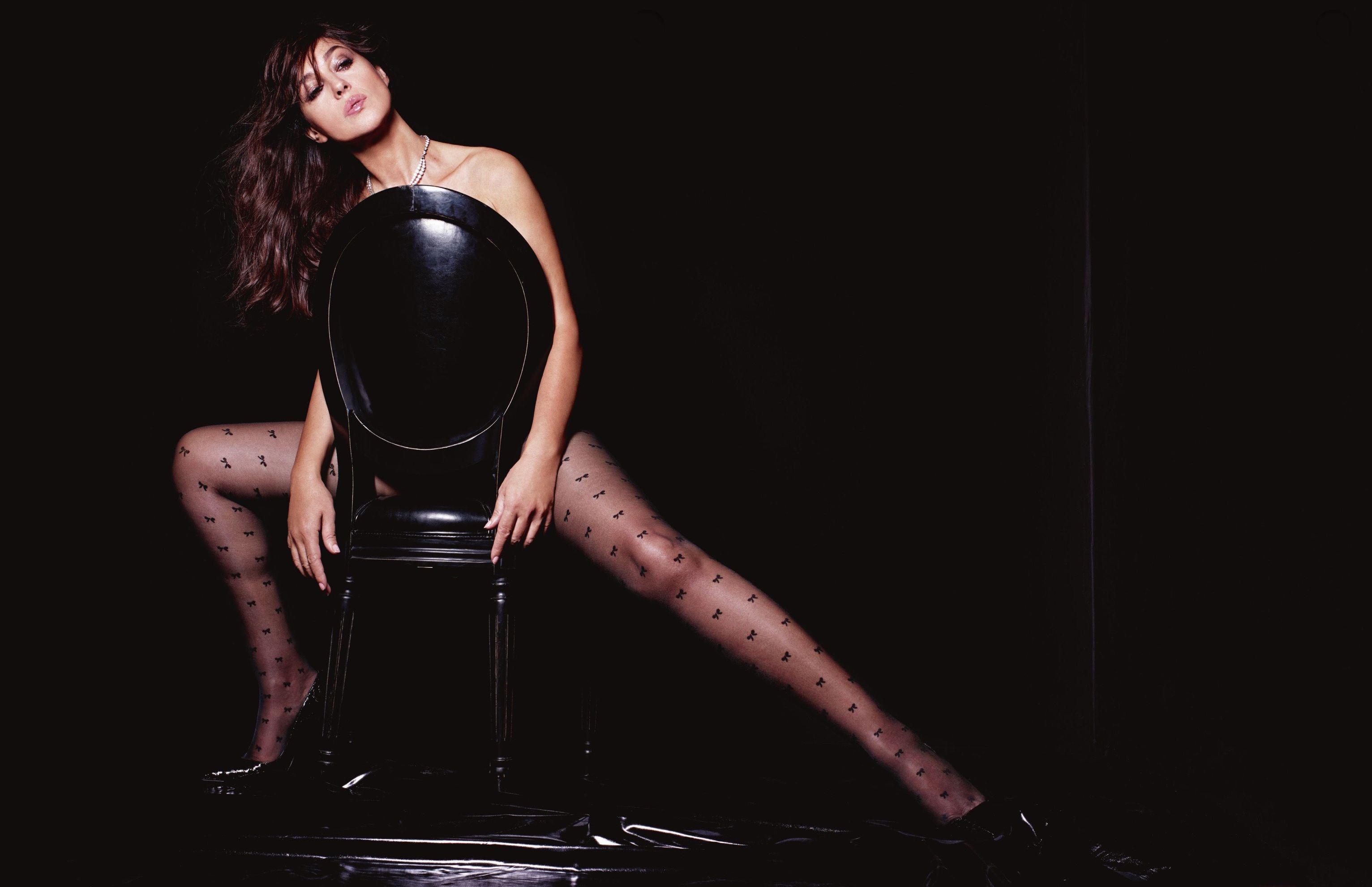 Monica-Bellucci-Sexy-4