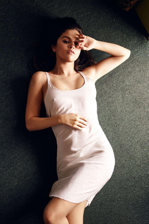 Selena-Gomez-Pokies