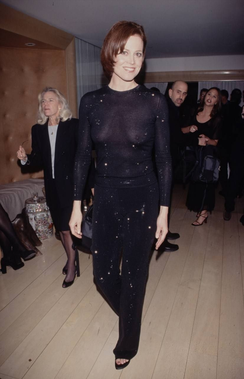 Sigourney-Weaver-See-Through-6