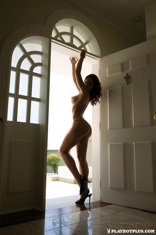 Ana Lucia Fernandes nude photoshoot (1)