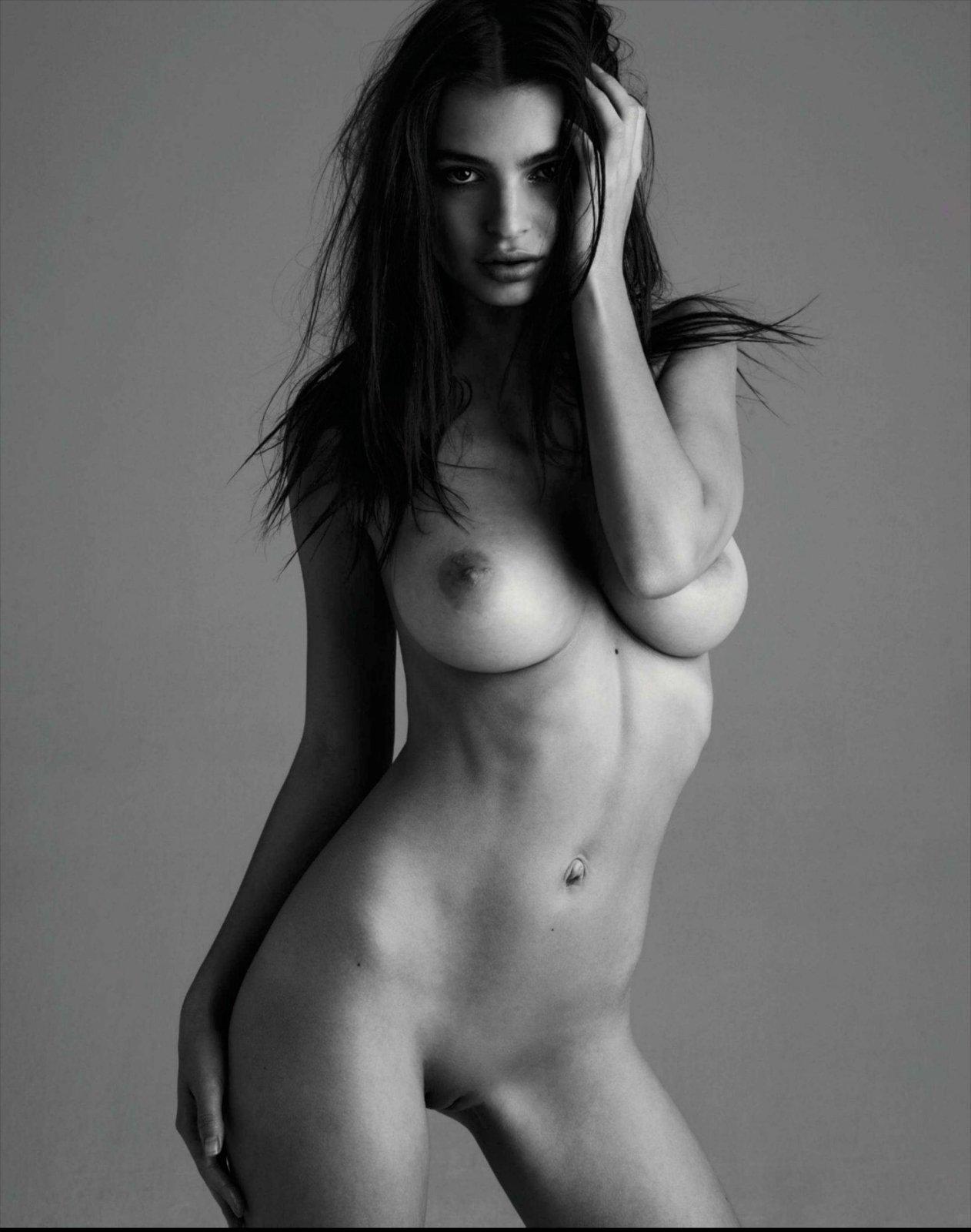 Emily-Ratajkowski-Nude-7