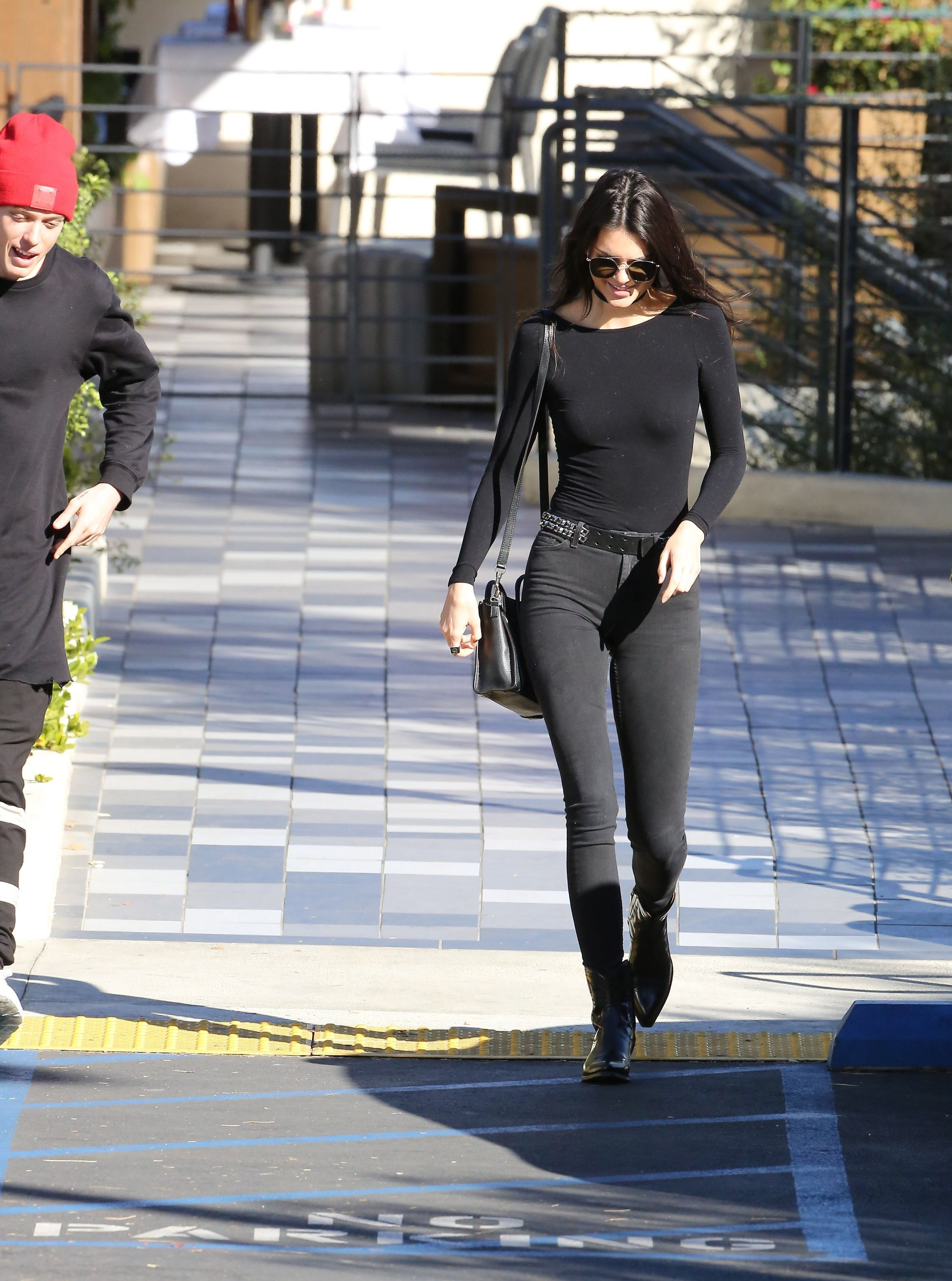 Kendall-Jenner-Pokies-5