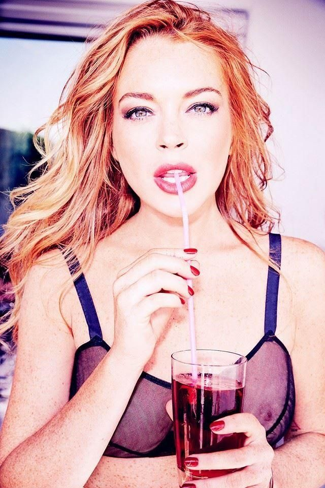 Lindsay-Lohan-See-Through-Sexy-6