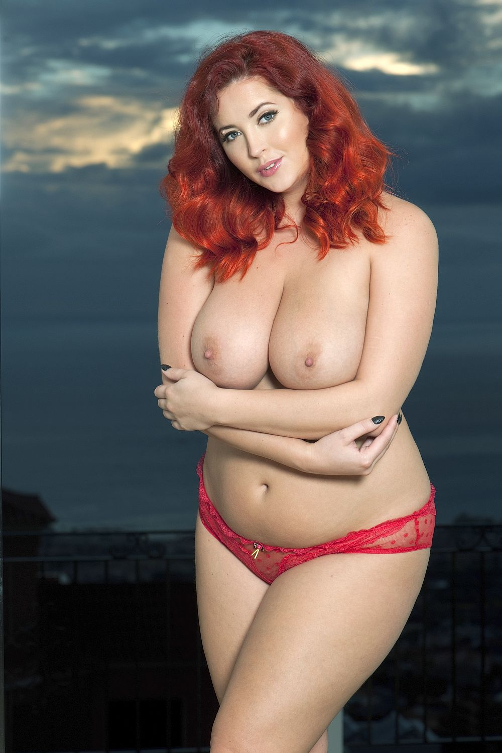 Lucy-Collett-Topless-1