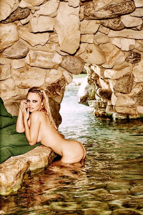 Holly madison nude celeb forum