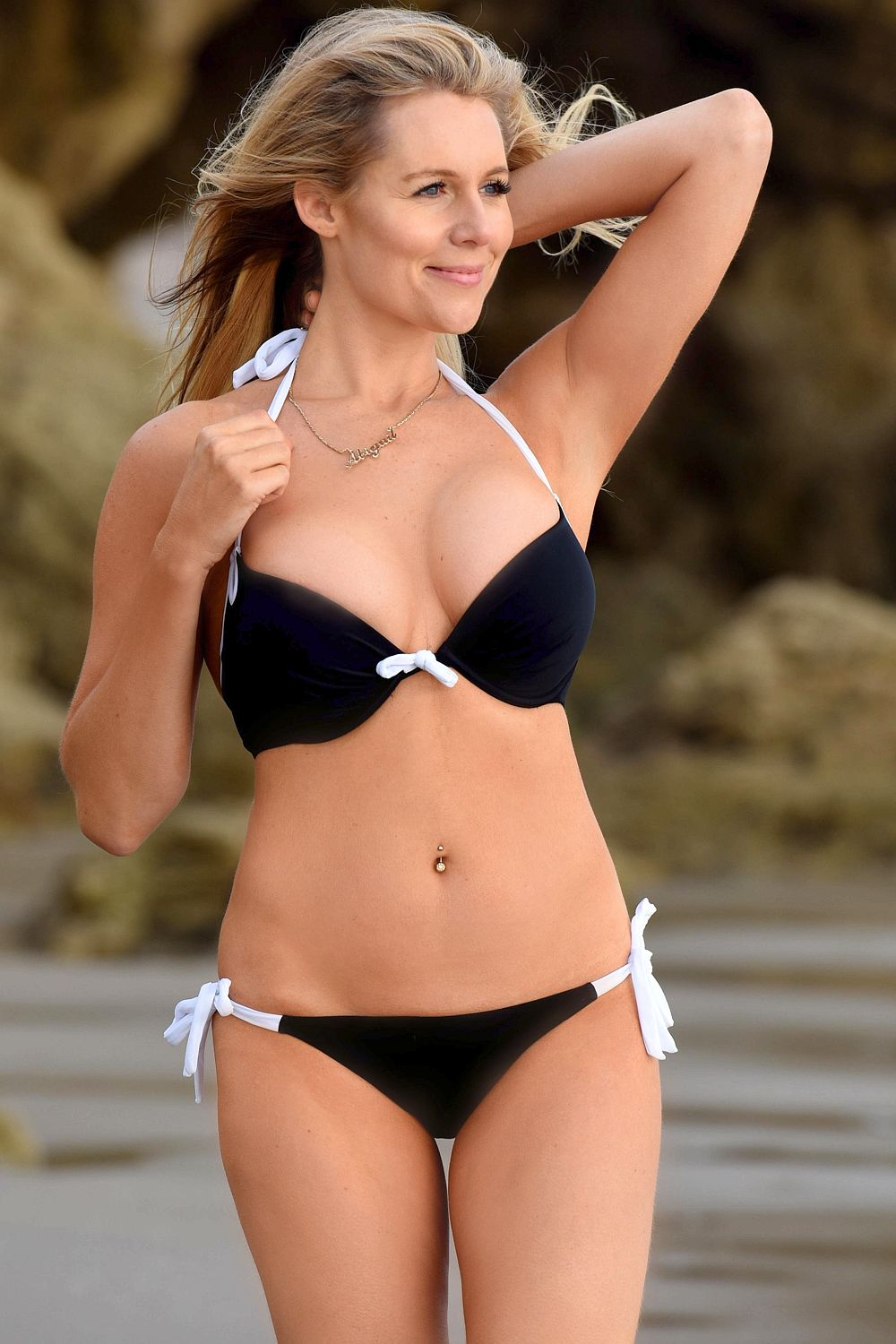 Abi-Titmuss-in-a-Bikini-5