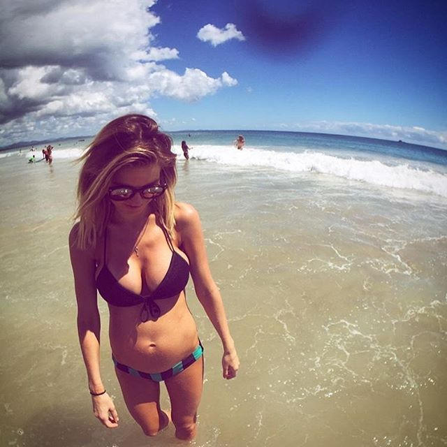 Audrina-Patridge-Bikini-8