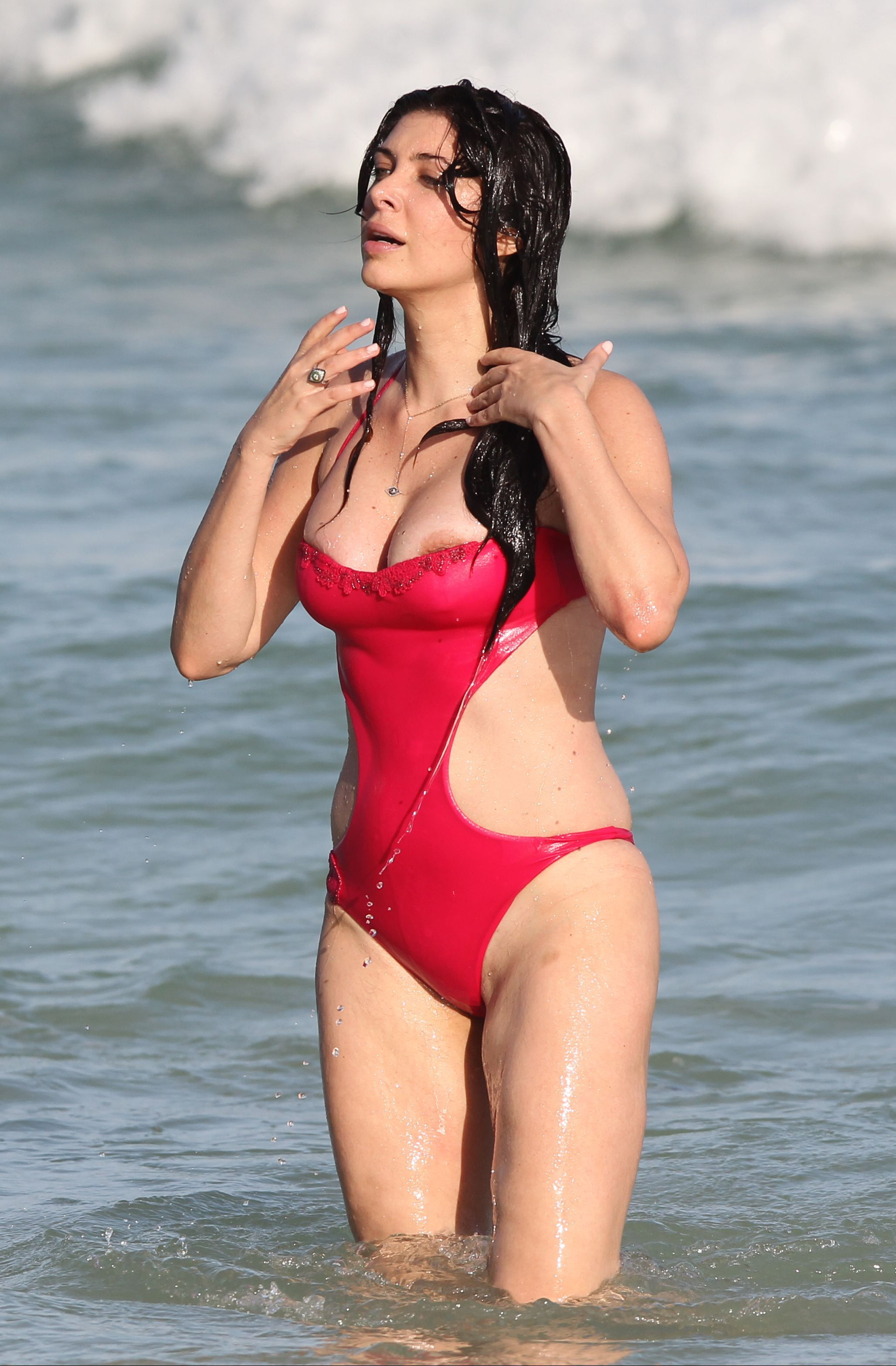 Brittny-Gastineau-in-a-Swimsuit-6