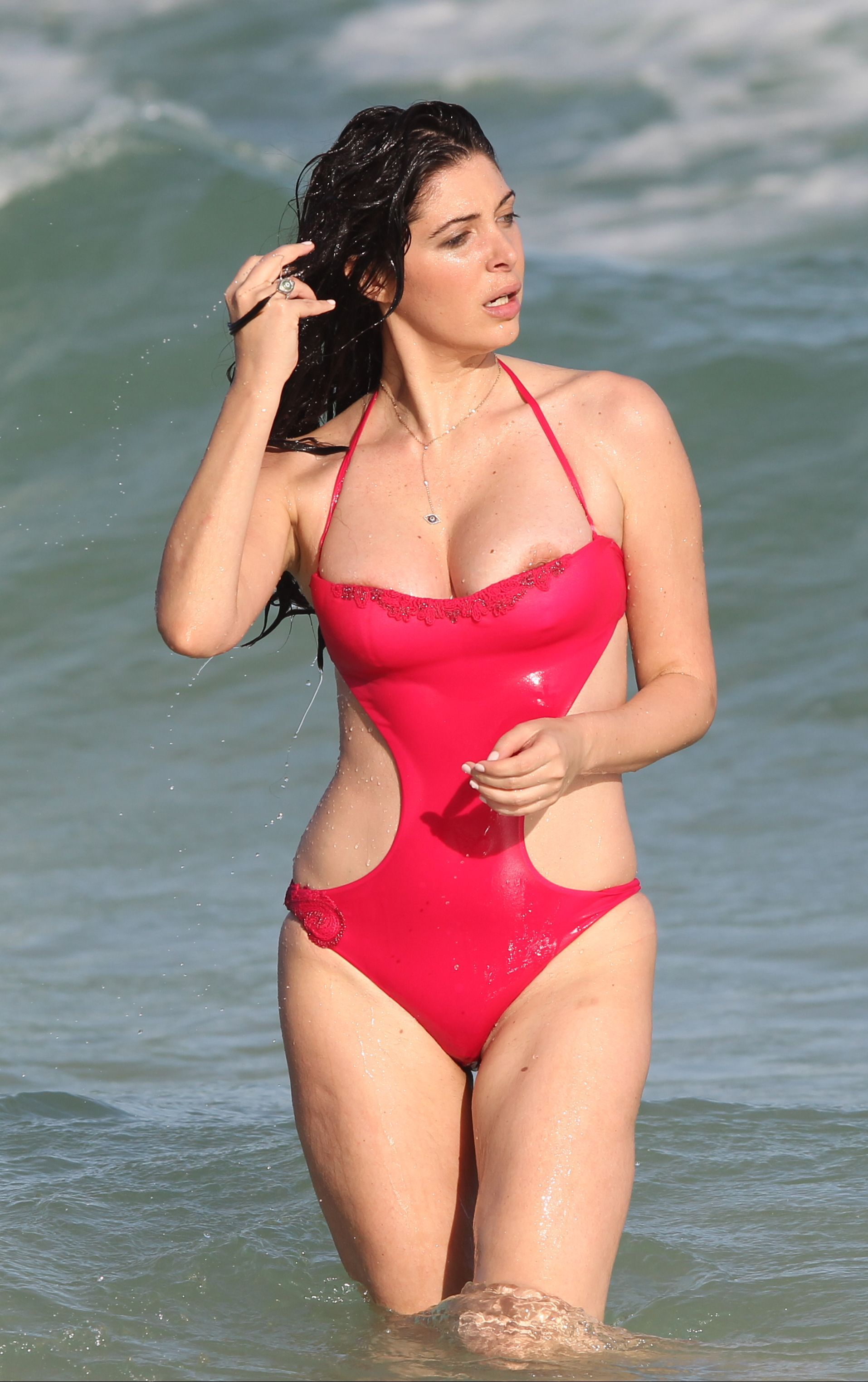Brittny-Gastineau-in-a-Swimsuit-8