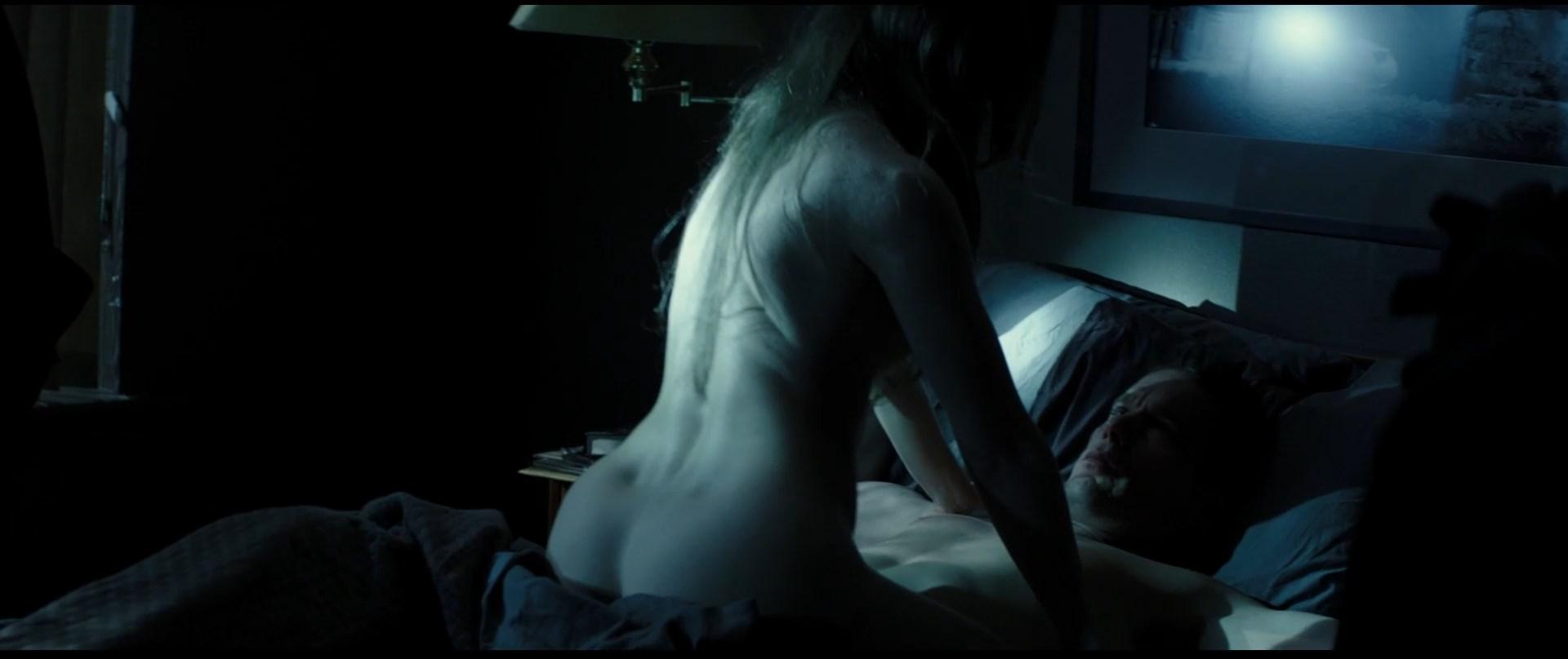 Emma-Watson-Nude-2