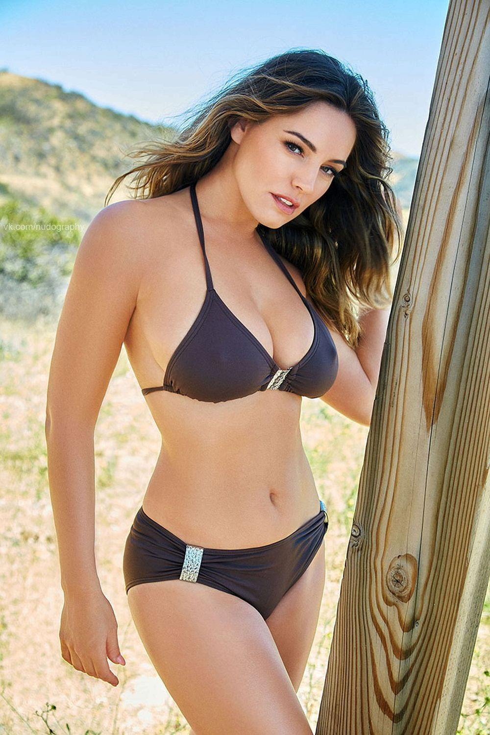 Kelly-Brook-Bikini