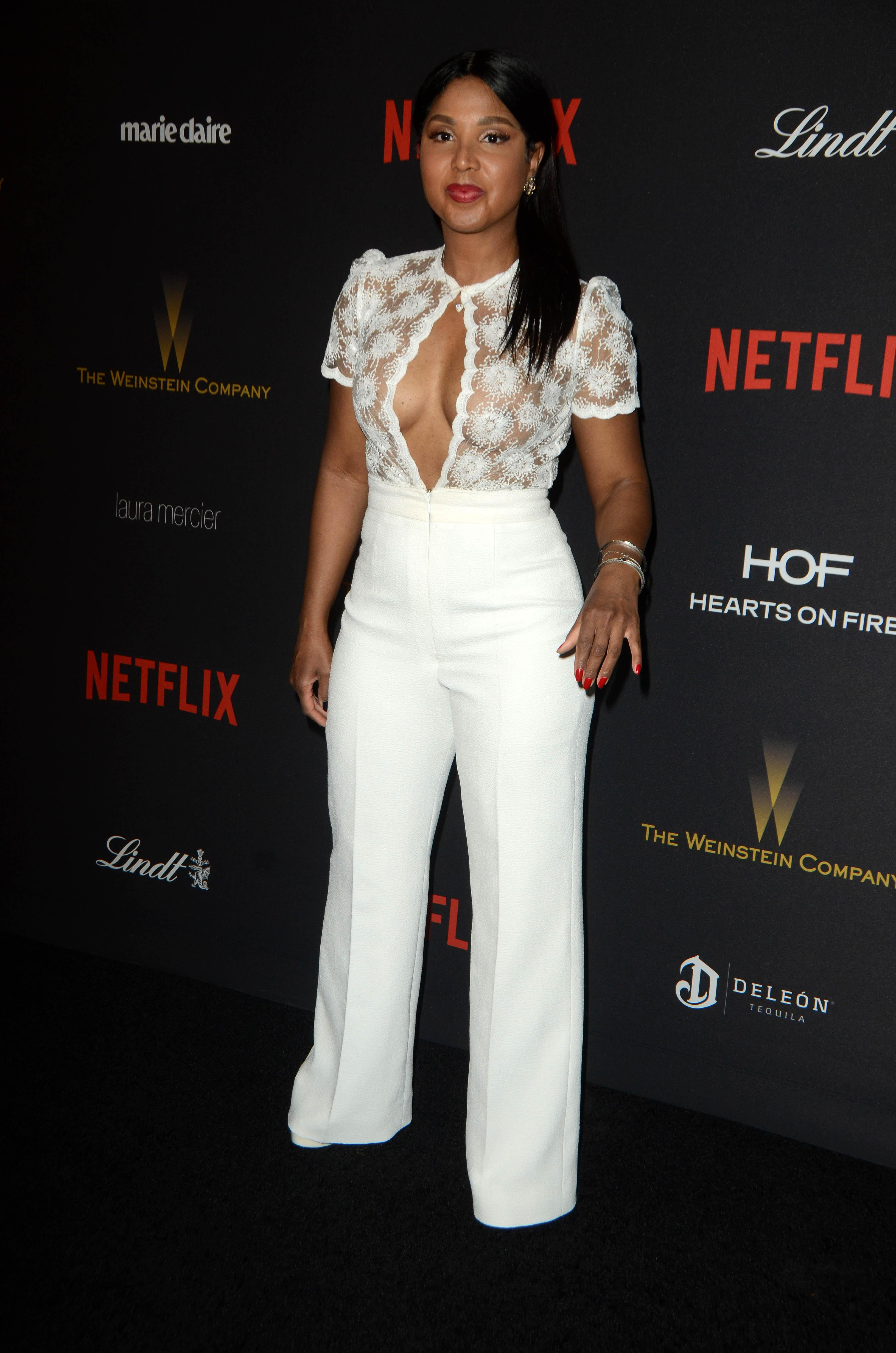 BEVERLY HILLS - JANUARY 10: Toni Braxton at The Weinstein Company & Netflix 2016 Golden Globe After Party on January 10 2016 in Beverly Hills, California. (Photos by Steve Buckley/BuzzFoto.com) Buzz Foto LLC http://www.buzzfoto.com 1112 Montana Ave. Suite 80 Santa Monica, CA 90405 1 310 441 4464 1 310 980 8822 1 310 691 3888 *** Local Caption *** Toni Braxton