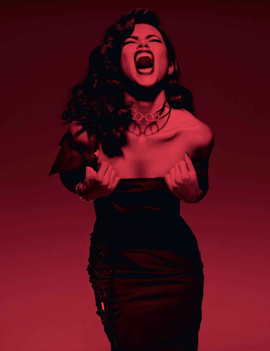 Adriana-Lima-Sexy-1 (1)