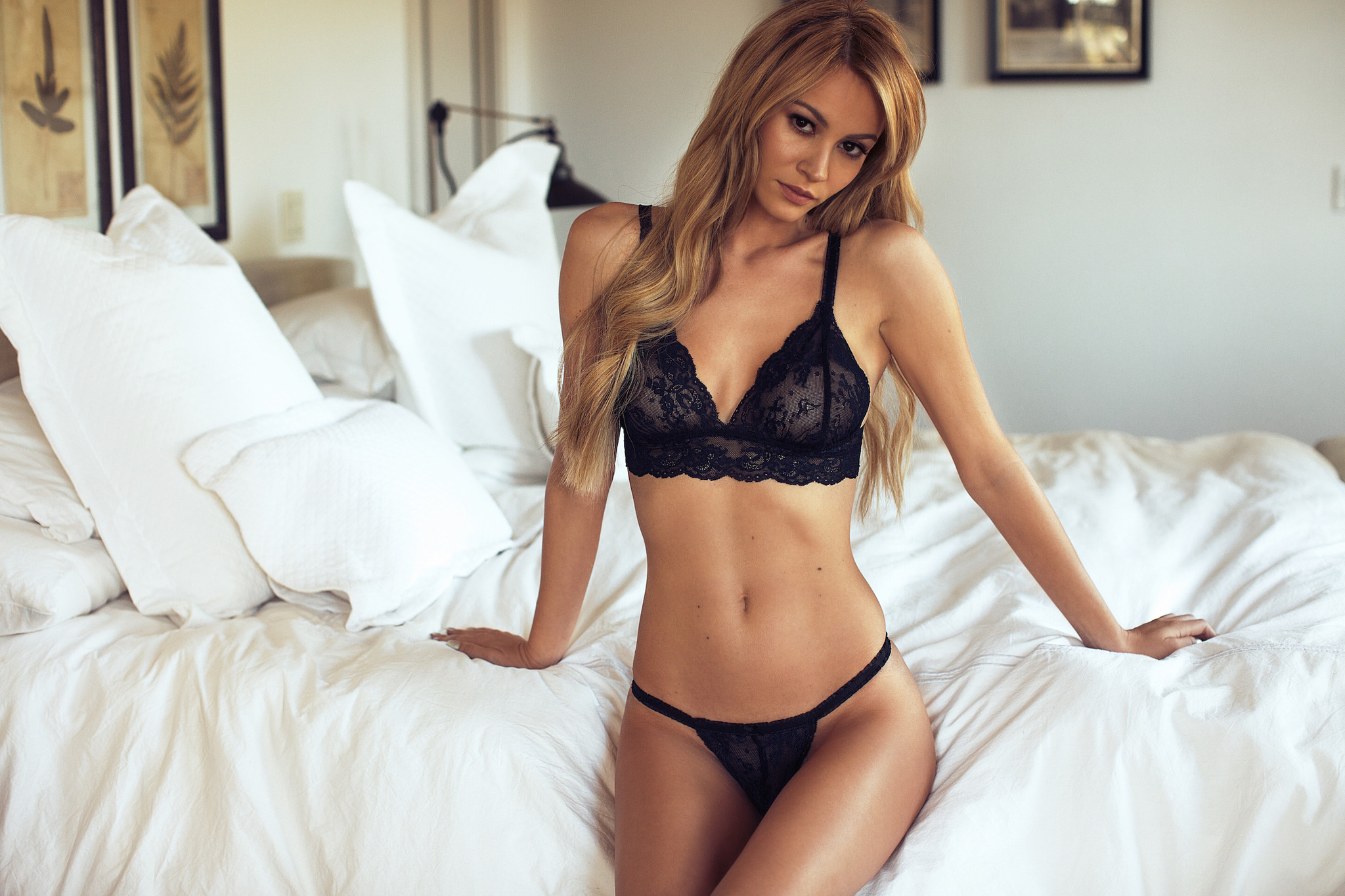 Bryana Holly – Lurely Lingerie (2)