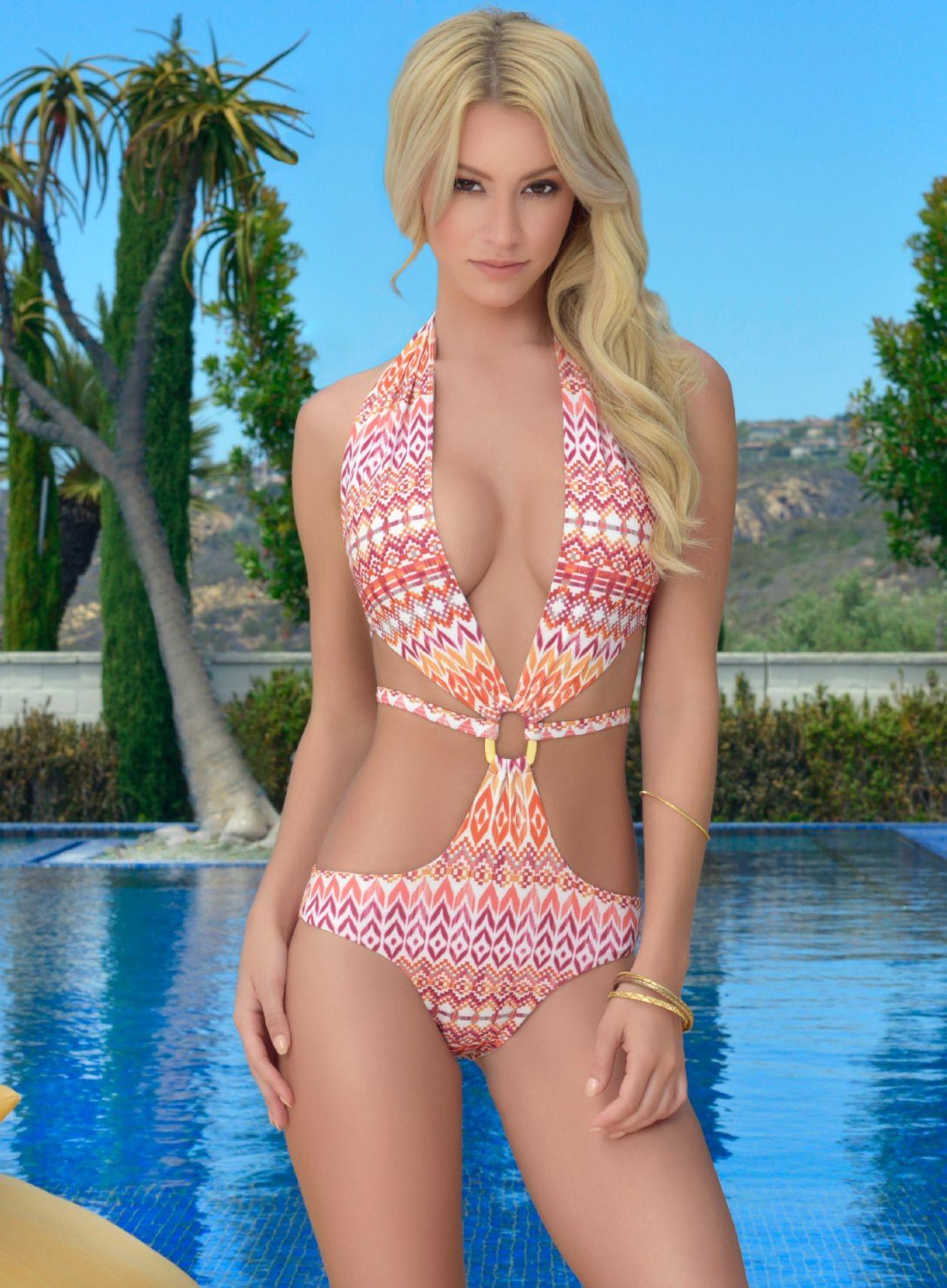 Bryana Holly bikini (4)
