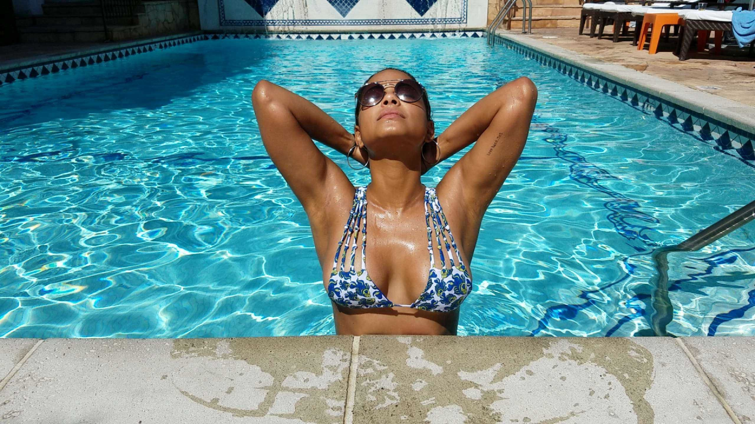 Christina-Milian-in-a-Bikini-12