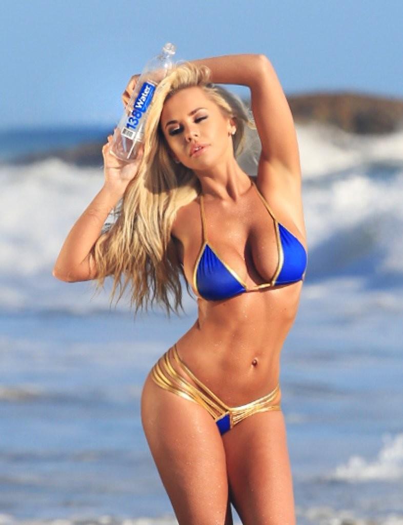 Claudia-Fijal-in-a-Bikini-24