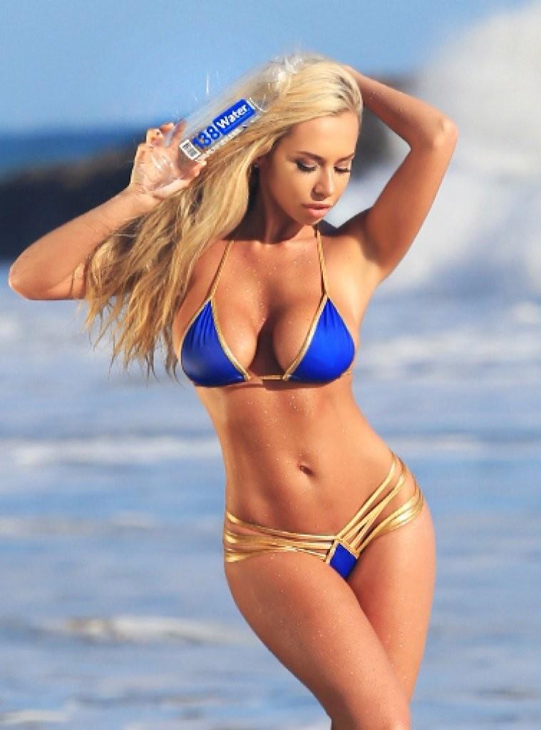 Claudia-Fijal-in-a-Bikini-35