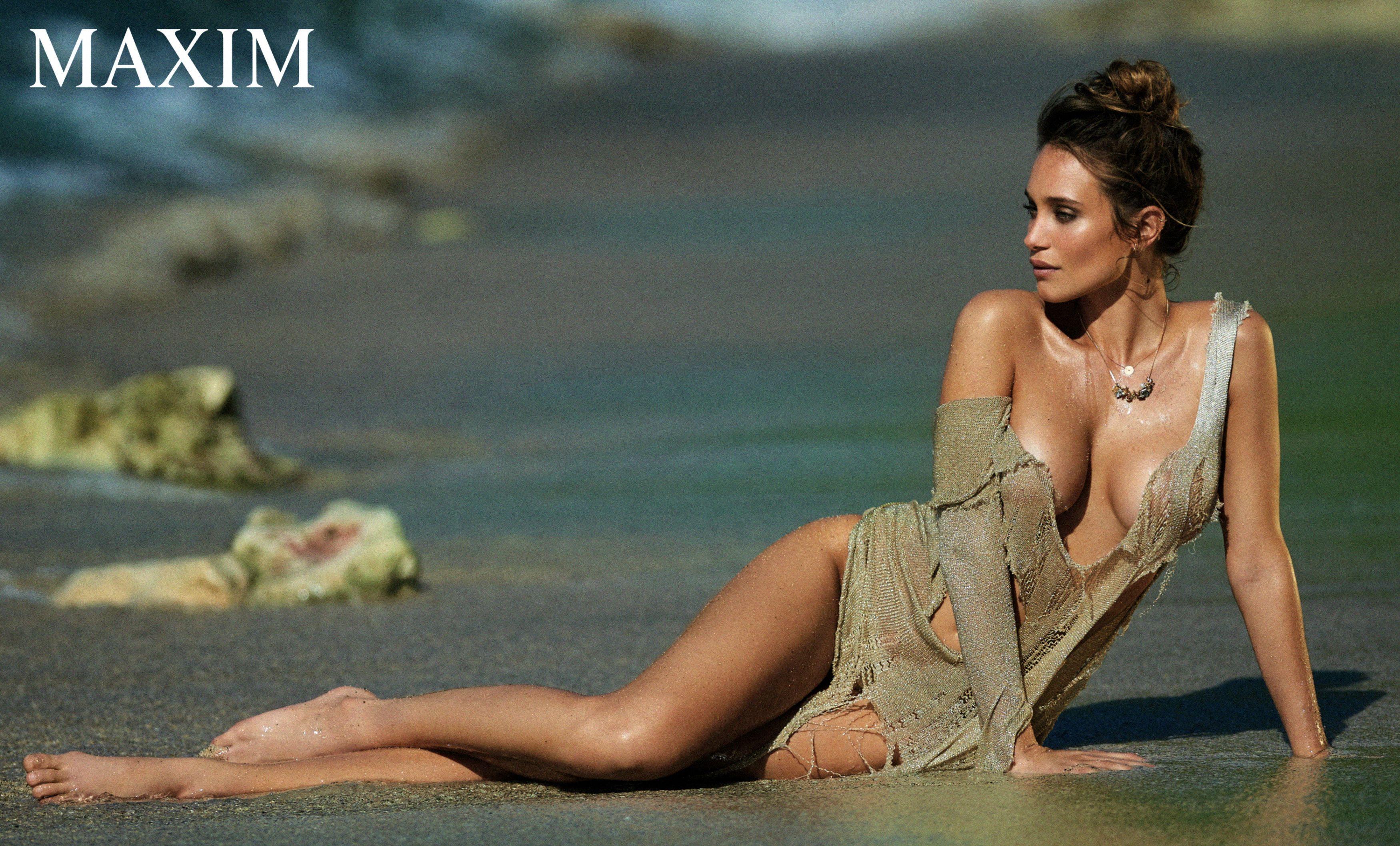 Hannah-Davis-Sexy-Topless-4-1