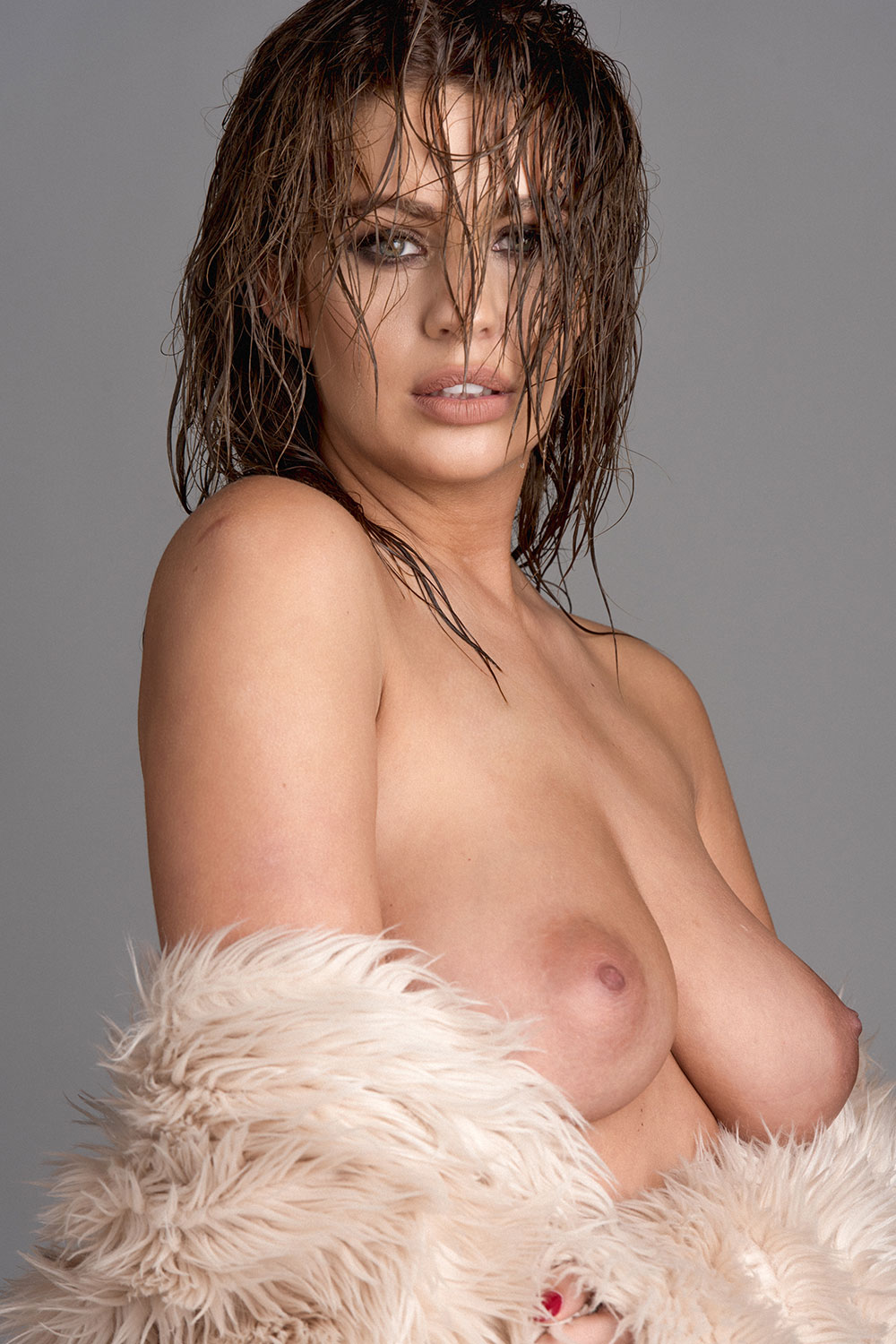 Holly-Peers-Topless-1 (3)