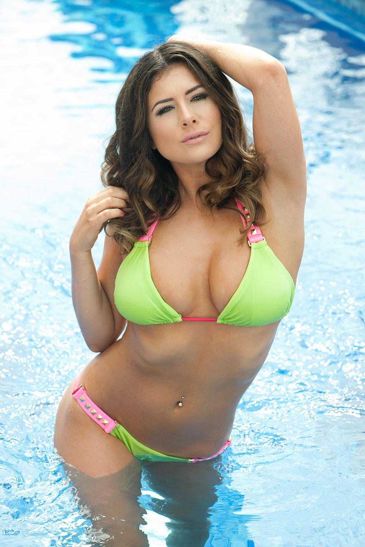 Kelly-Hall-in-a-Bikini-Topless-4